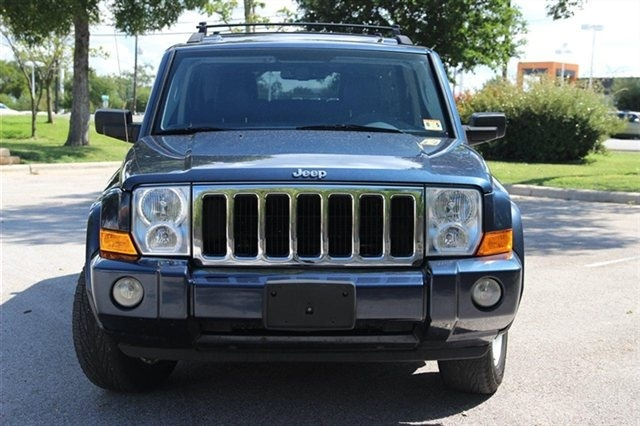 2010 jeep commander pictures cargurus. Cars Review. Best American Auto & Cars Review