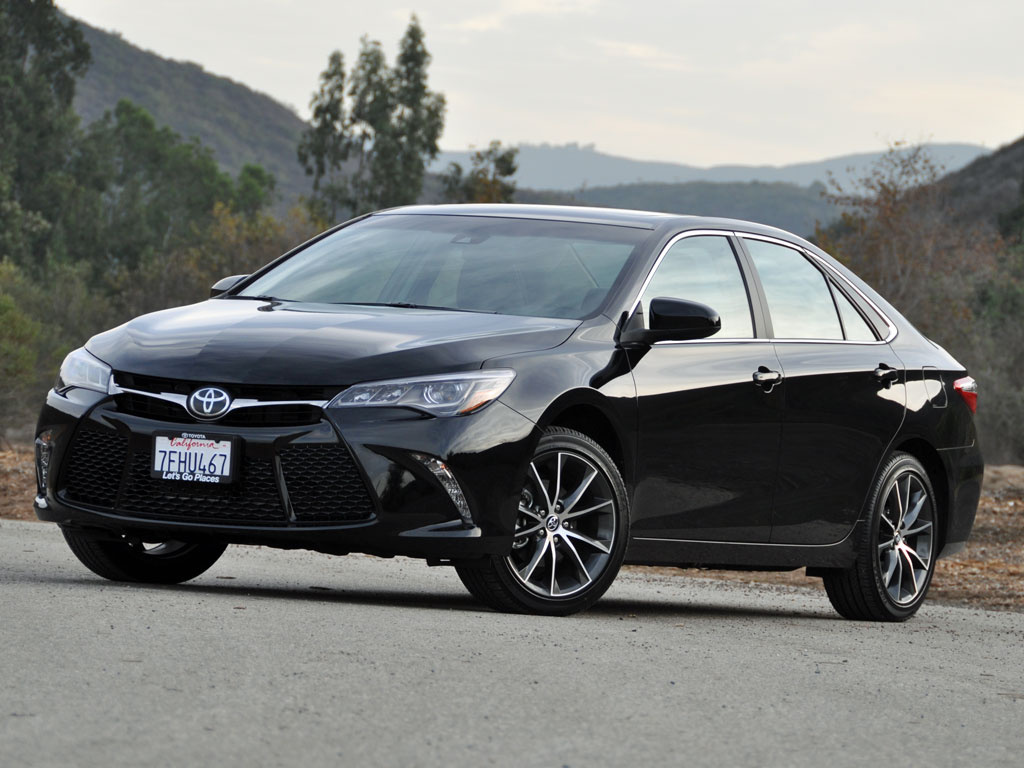 2015 toyota camry test drive review cargurus. Black Bedroom Furniture Sets. Home Design Ideas