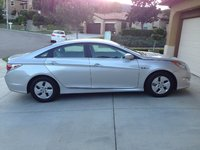 Picture of 2012 Hyundai Sonata Hybrid Base, exterior, gallery_worthy