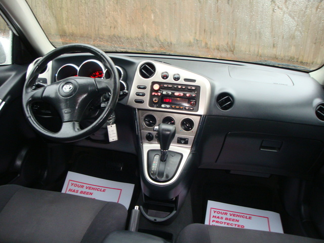 2003 Toyota Matrix - Interior Pictures - CarGurus