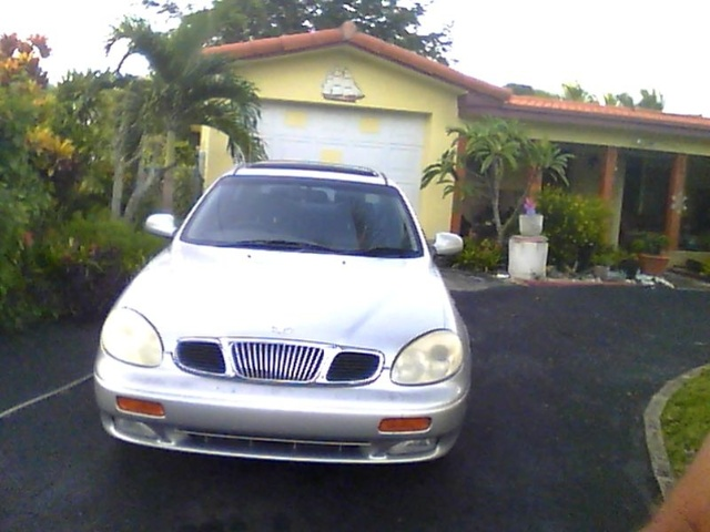Picture of 2001 Daewoo Leganza 4 Dr CDX Sedan