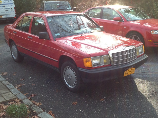 Picture of 1985 Mercedes-Benz 190-Class 190E 2.3 Sedan