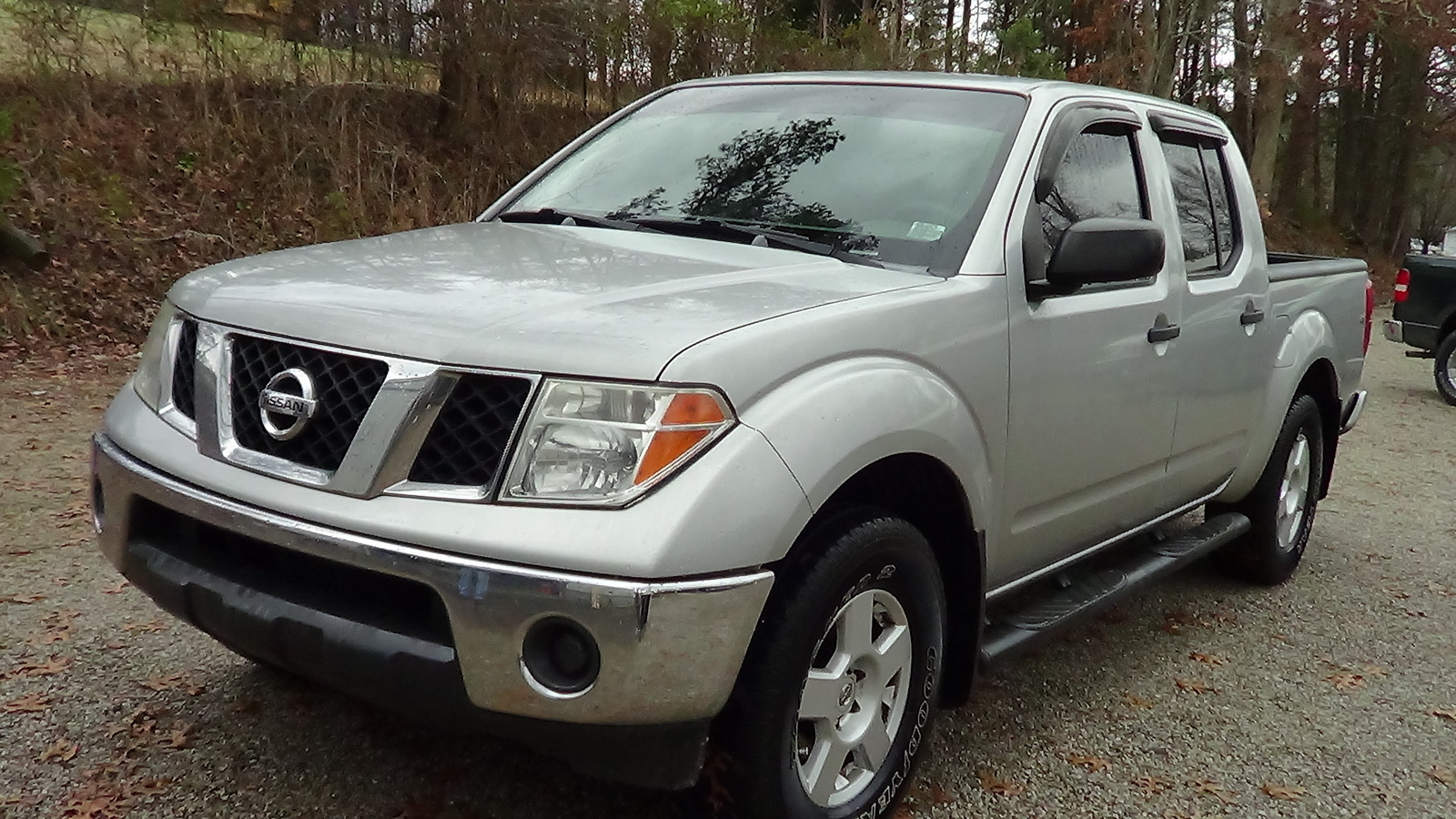 picture of 2007 nissan frontier crew cab se 4x4 lwb exterior. Black Bedroom Furniture Sets. Home Design Ideas