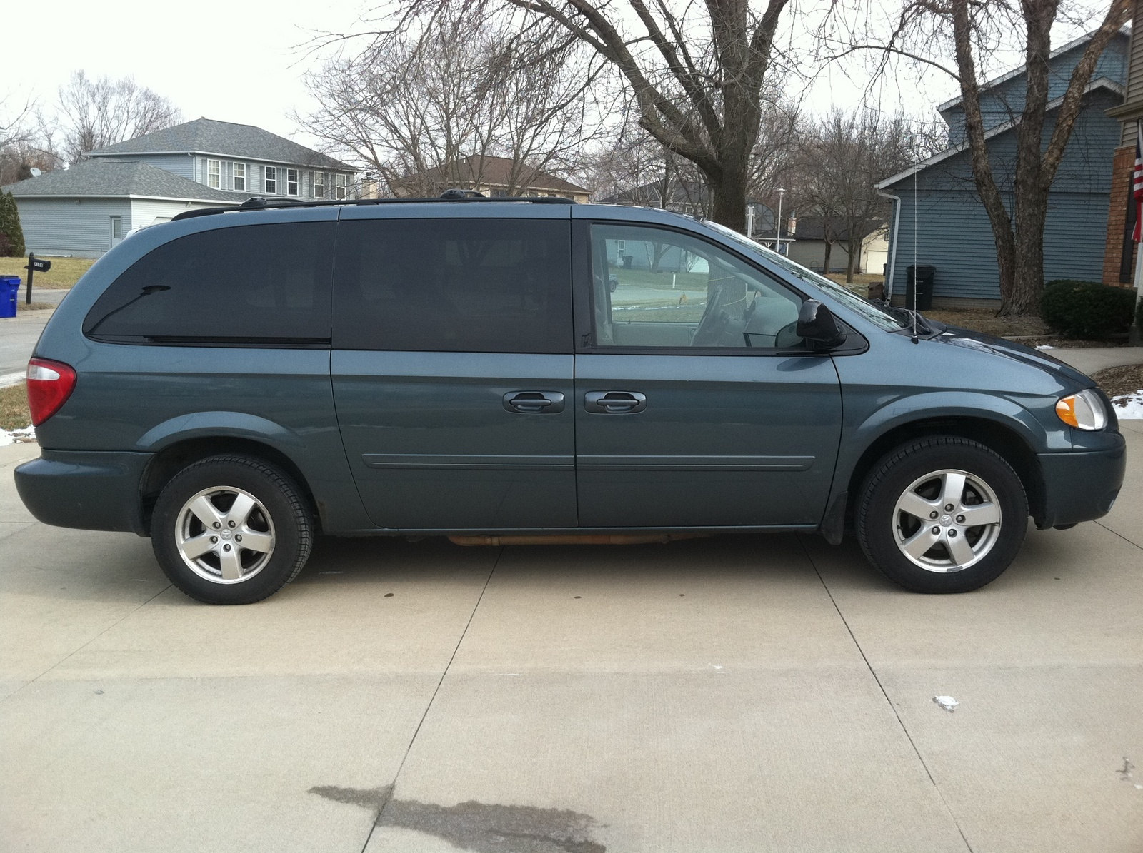picture of 2006 dodge grand caravan sxt exterior. Cars Review. Best American Auto & Cars Review