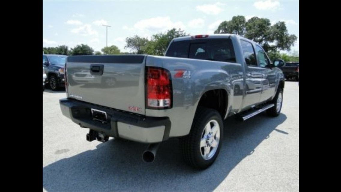 Picture of 2014 GMC Sierra 2500HD Denali Crew Cab SB 4WD