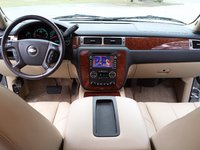 Picture of 2008 Chevrolet Suburban LTZ 1500, interior