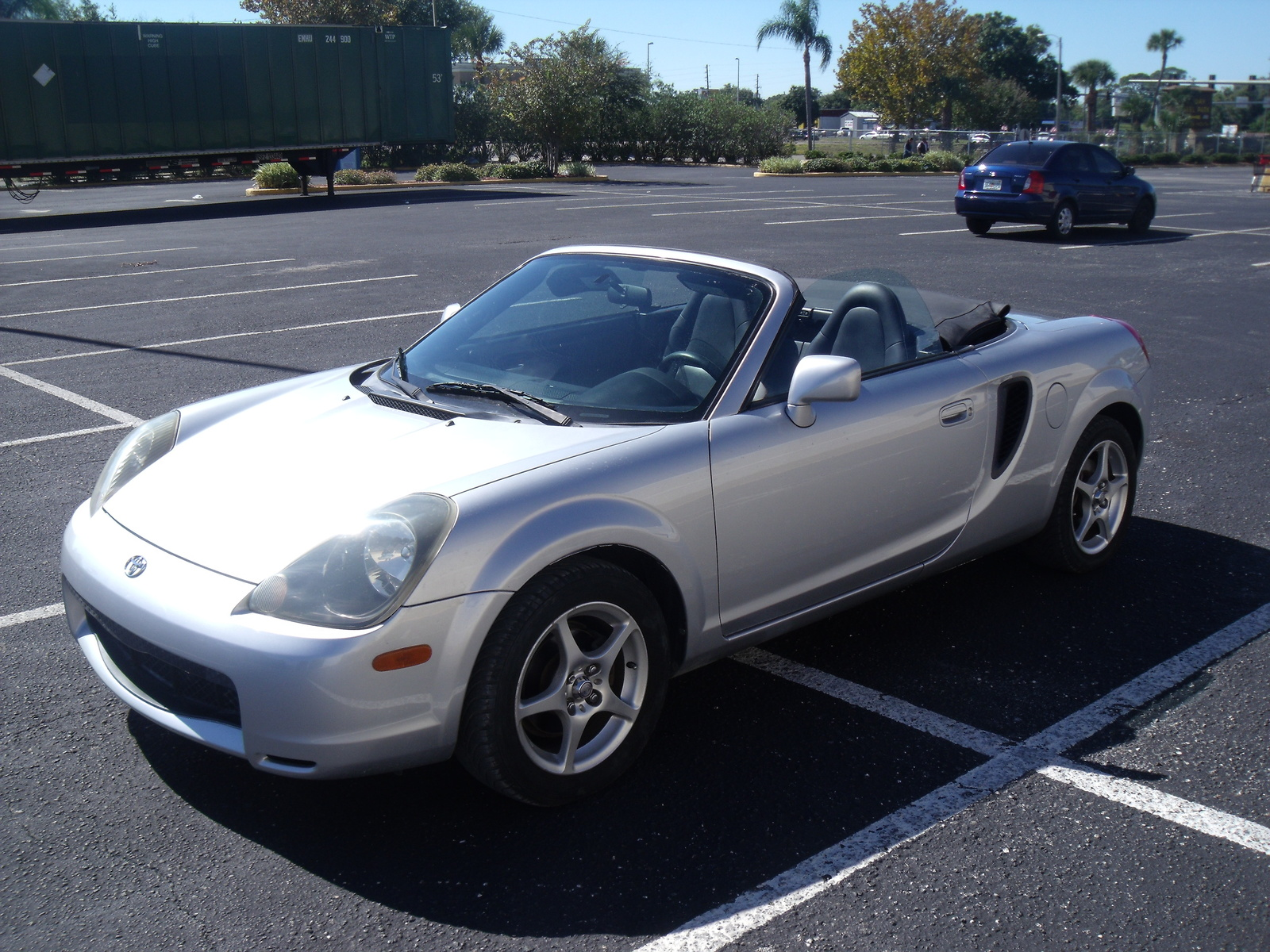 2002 Toyota MR2 Spyder