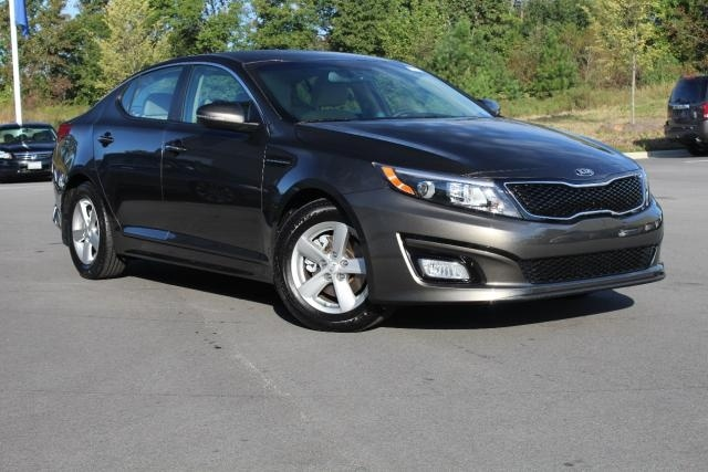 2014 kia optima pictures cargurus for Garage kia 95