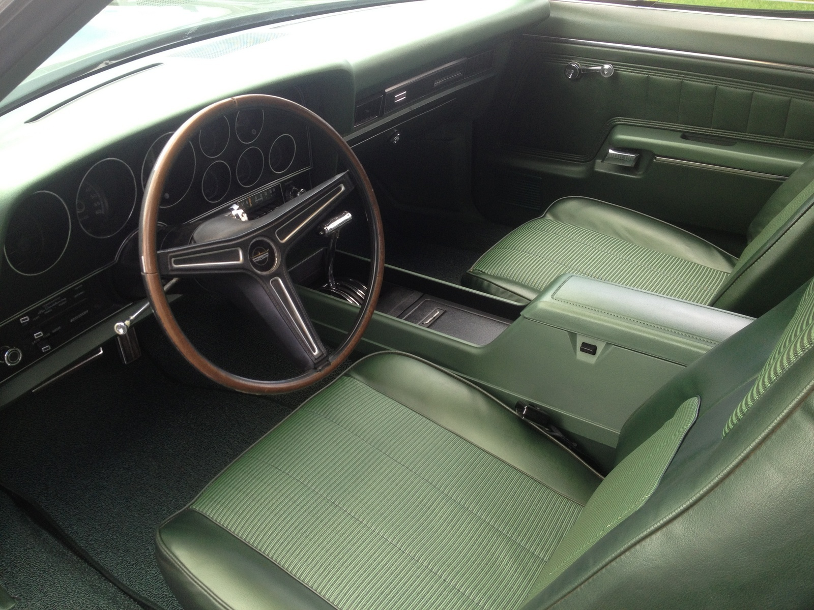 Ford Torino Questions - Looking for a 1972 Ford Gran Torino Sport ...