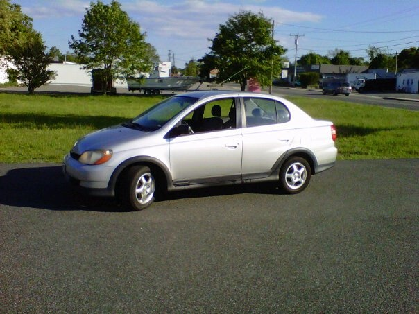 Picture of 2000 Toyota ECHO 4 Dr STD Sedan