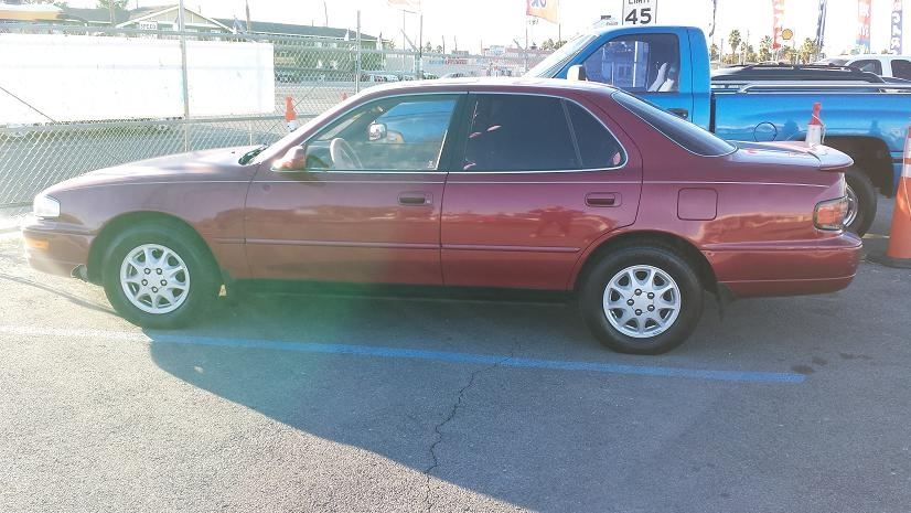 Picture of 1993 Toyota Camry XLE