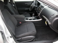 Picture Of 2015 Nissan Altima 2.5 S, Interior, Gallery_worthy