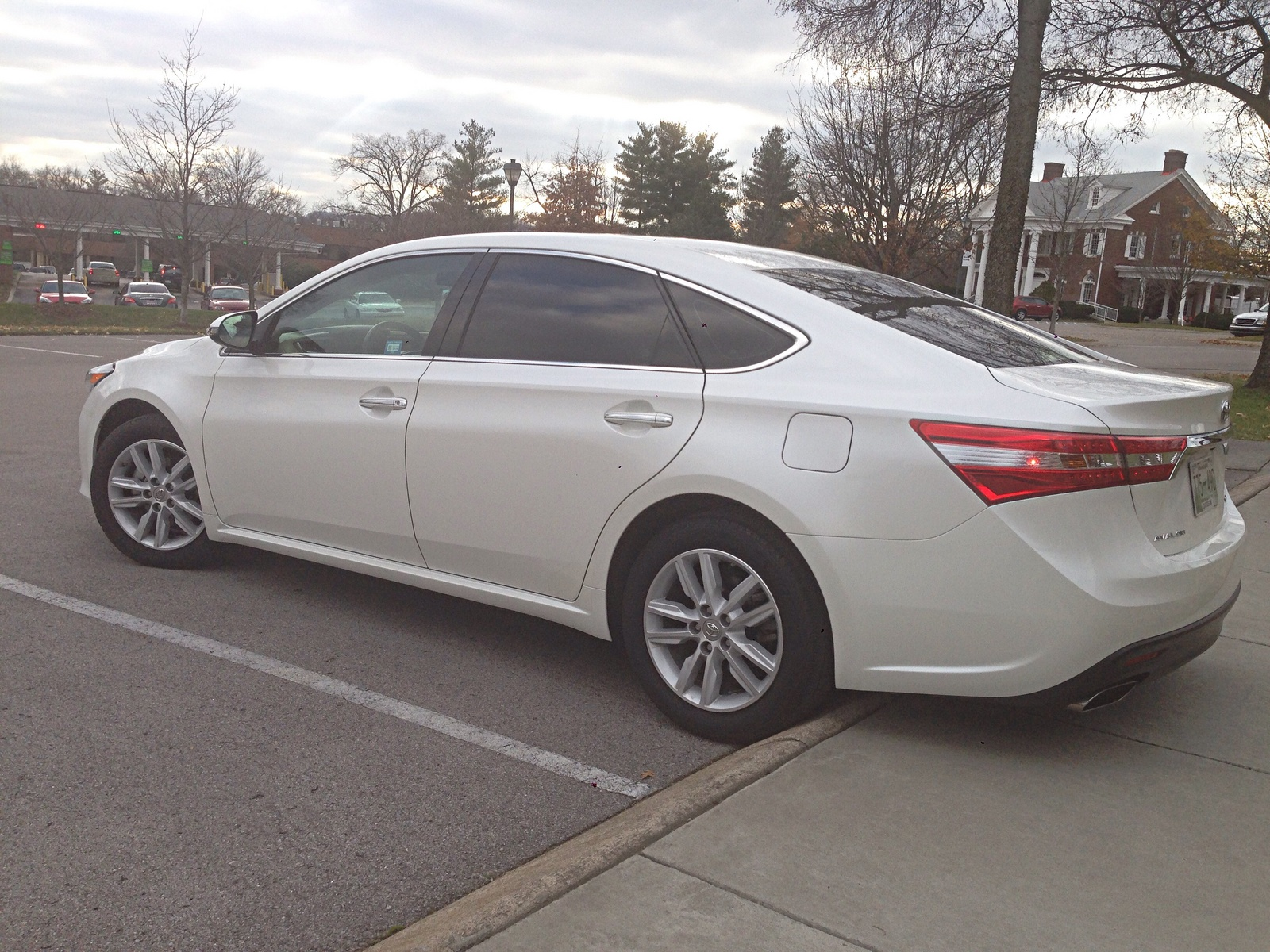 2014 toyota avalon for sale autos post. Black Bedroom Furniture Sets. Home Design Ideas