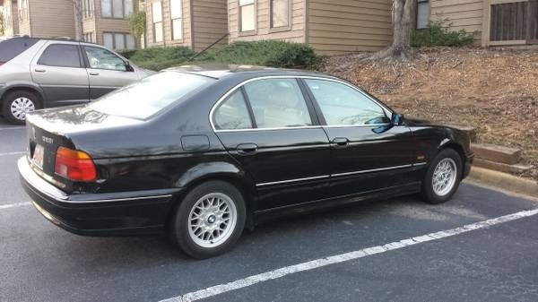 BMW 5 Series Questions  Im considering buying a 98 BMW 528i Is