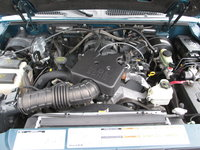 Picture of 2001 Ford Explorer Sport Trac 4 Dr STD 4WD Crew Cab SB, engine
