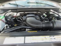 Picture of 2000 Ford Expedition XLT, engine