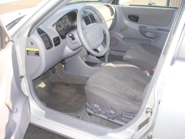 2002 hyundai accent interior car interior design. Black Bedroom Furniture Sets. Home Design Ideas