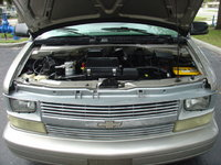 Picture of 2004 Chevrolet Astro 2WD, engine