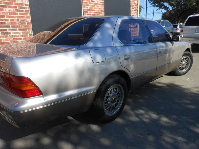 Picture of 1996 Lexus LS 400