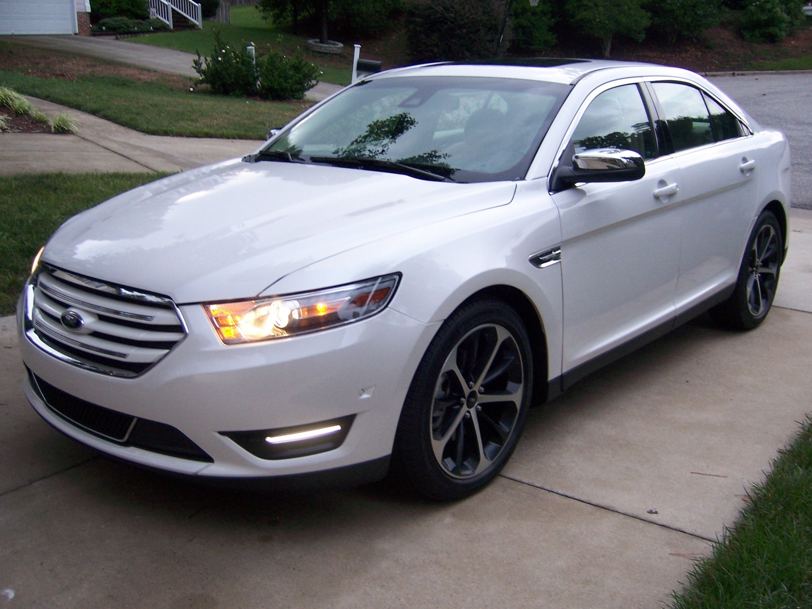 2015 ford taurus sho autos weblog. Black Bedroom Furniture Sets. Home Design Ideas