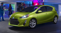 2015 Toyota Prius c, Front-quarter view, exterior, manufacturer, gallery_worthy