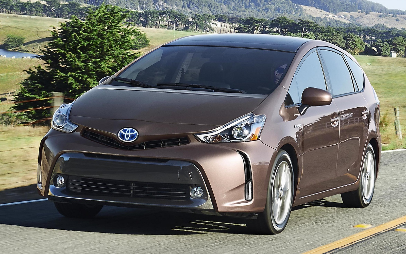 2015 toyota prius v overview cargurus. Black Bedroom Furniture Sets. Home Design Ideas