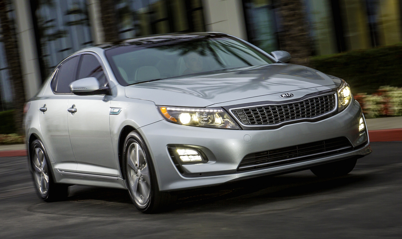 review reviews kia driving car hybrid img optima road test