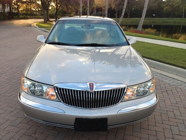 Picture of 2002 Lincoln Continental 4 Dr STD Sedan, exterior, gallery_worthy