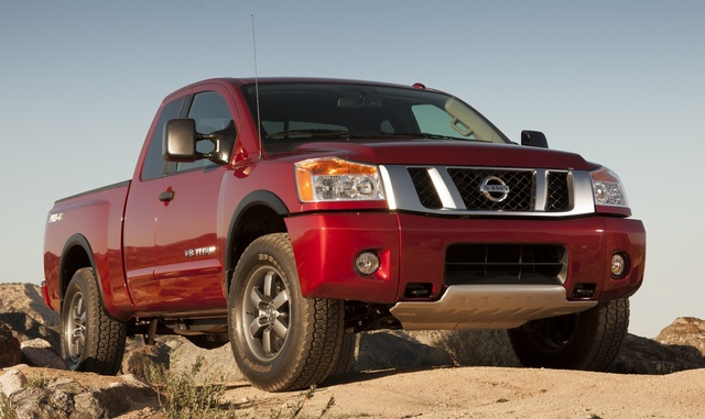 2015 Nissan Titan, Front-quarter view, exterior, manufacturer, gallery_worthy