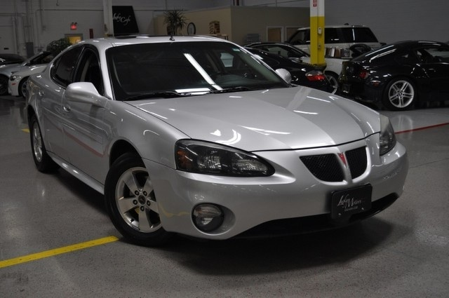 what 39 s your take on the 2005 pontiac grand prix. Black Bedroom Furniture Sets. Home Design Ideas