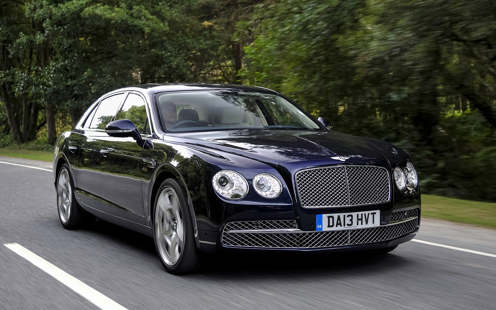2015 bentley flying spur overview cargurus. Black Bedroom Furniture Sets. Home Design Ideas