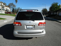 Picture of 2002 Toyota Sienna LE