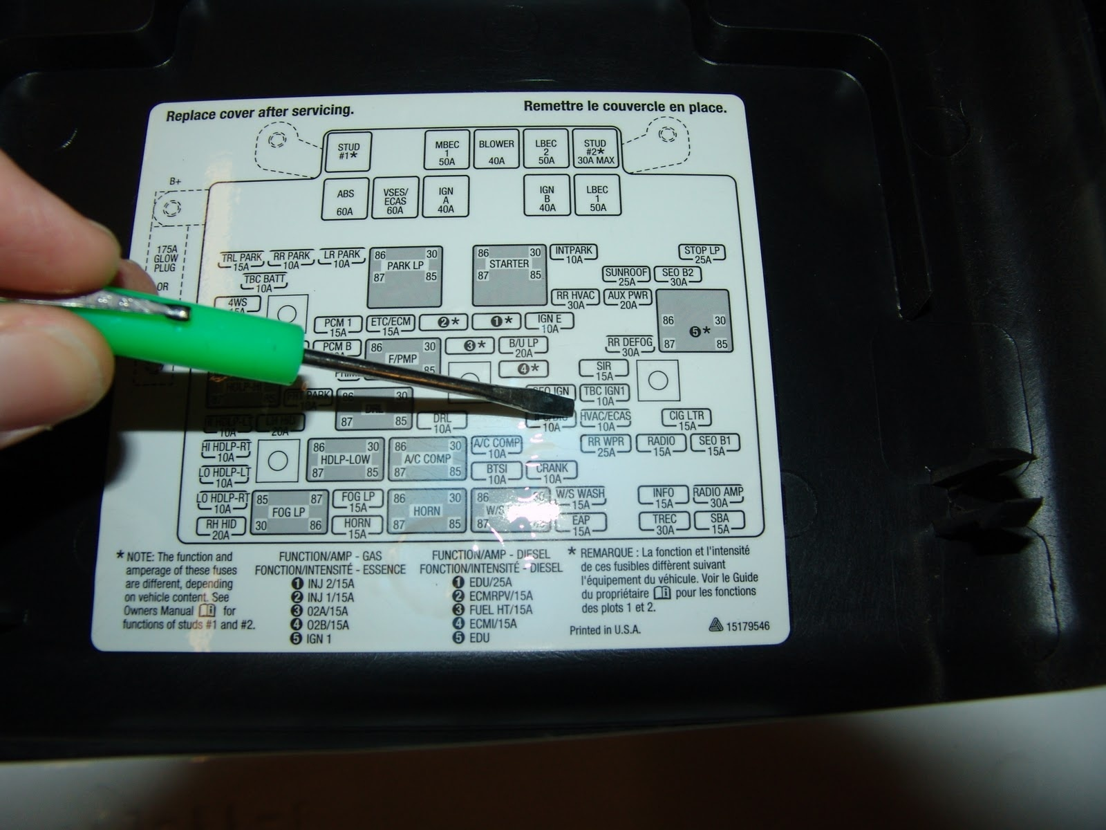 Pic X on 2000 Gmc Sierra Fuse Box Diagram