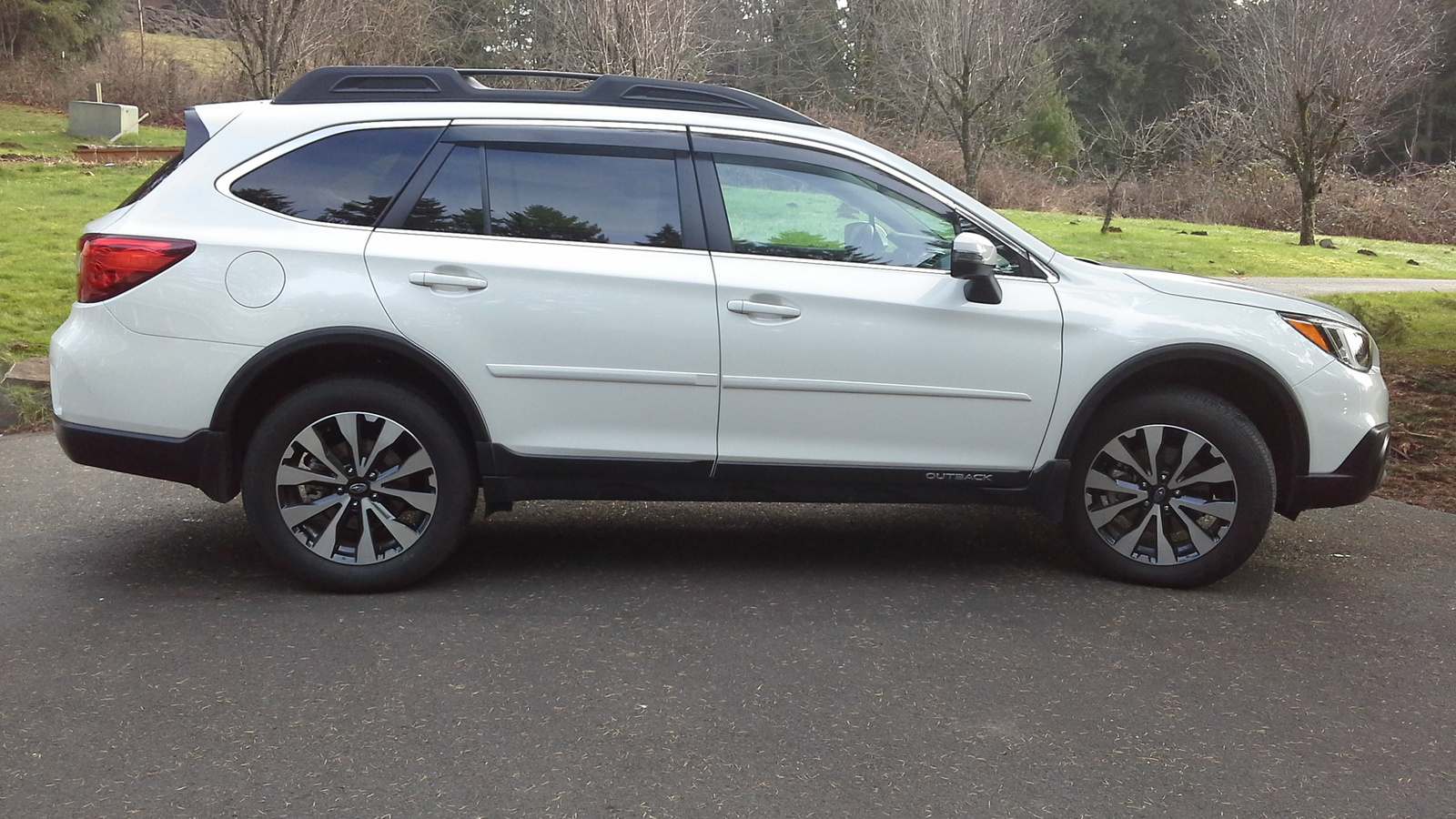 Picture of 2015 Subaru Outback 3.6R Limited