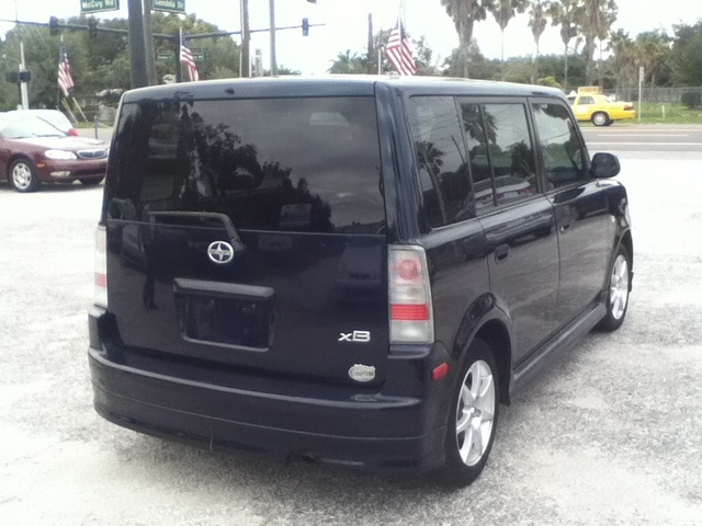 2004 scion xb 5 door for sale cargurus. Black Bedroom Furniture Sets. Home Design Ideas