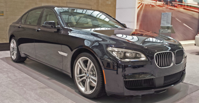 2015 BMW 7 Series Front Quarter View Exterior Gallery Worthy