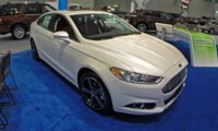 2015 Ford Fusion, Front-quarter view, exterior