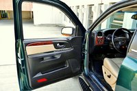 Picture of 2005 GMC Envoy XUV 4 Dr SLT SUV, interior