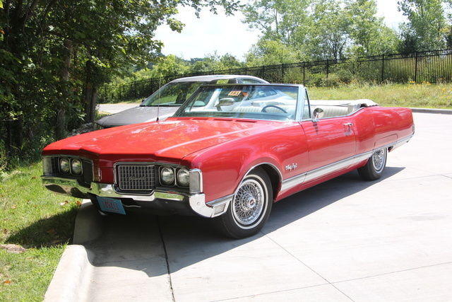 Picture of 1968 Oldsmobile Ninety-Eight