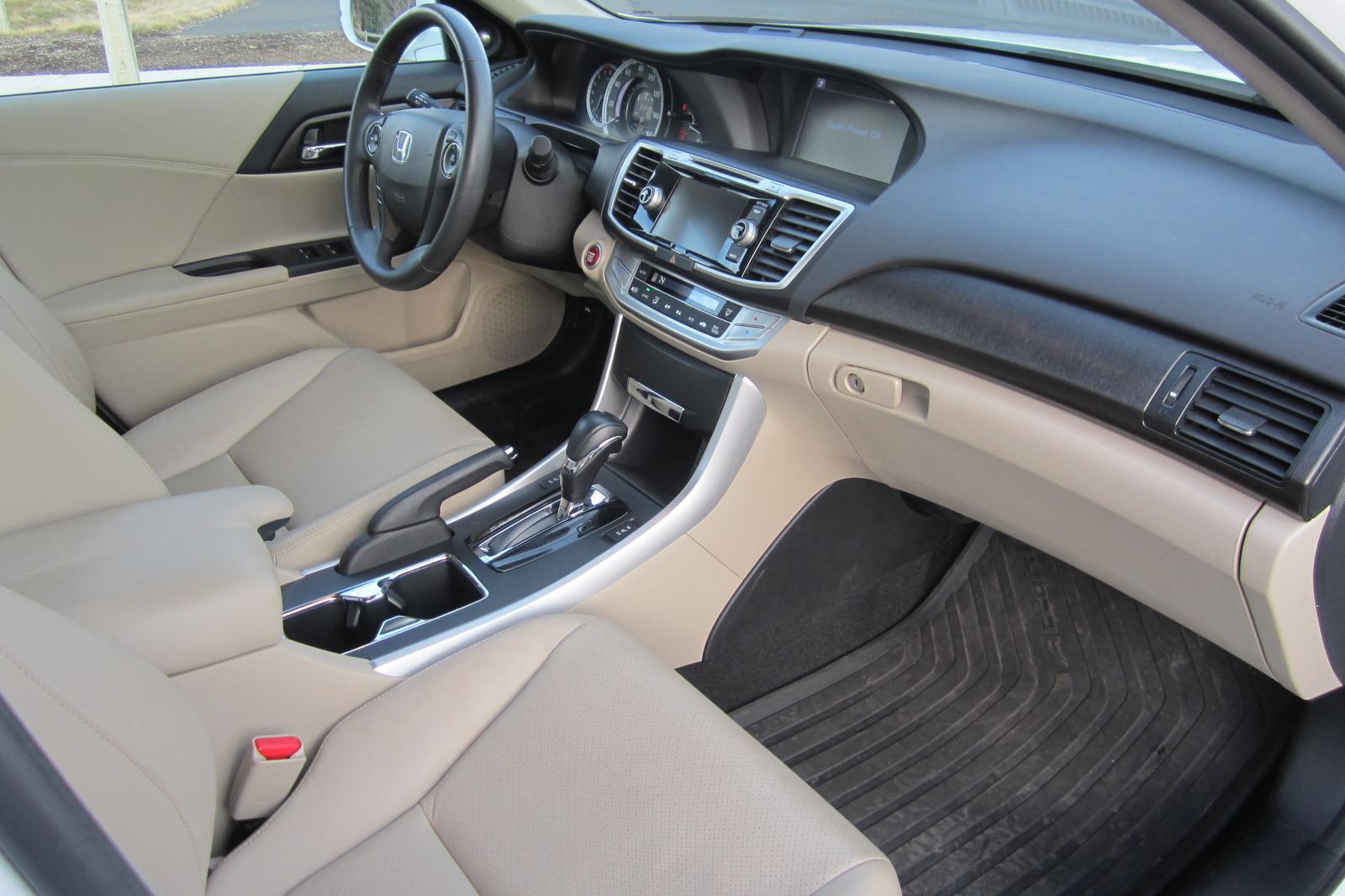 2014 honda accord pictures cargurus - Honda accord coupe 2014 interior ...