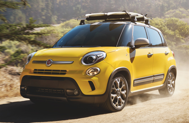 2015 FIAT 500L, Front-quarter view, exterior, manufacturer, gallery_worthy