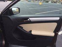 Picture of 2011 Volkswagen Jetta SEL, interior