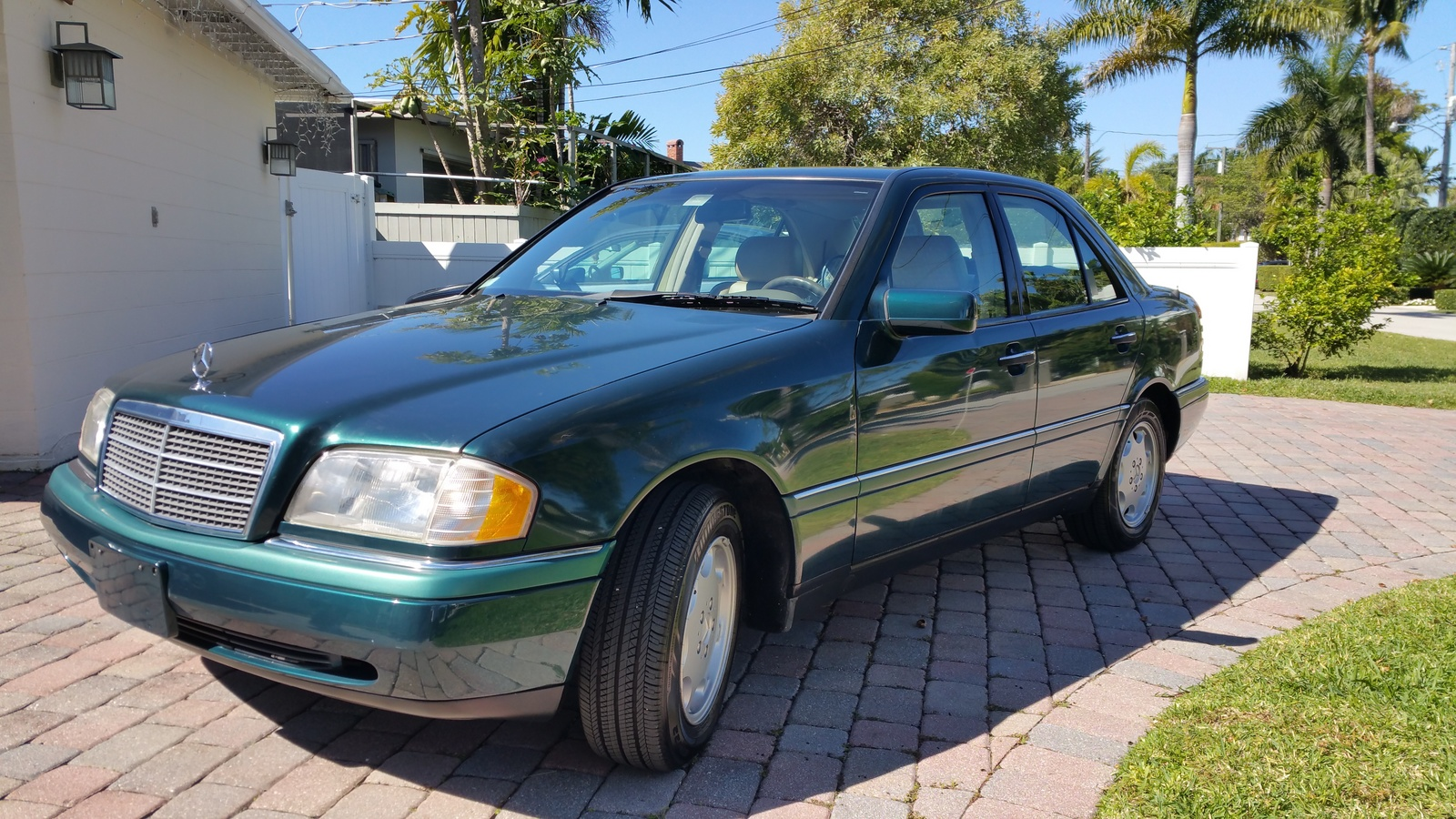 Picture of 1995 mercedes benz c class 4 dr c280 sedan for Mercedes benz 1995
