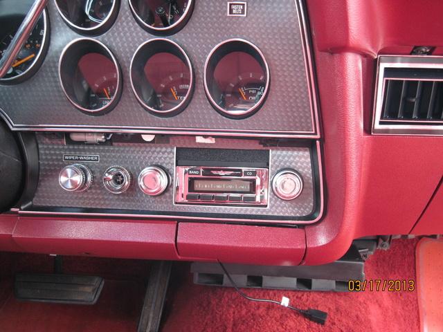 1976 ford thunderbird interior