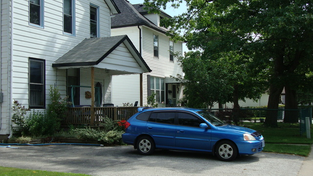 my 2003 Kia Rio Hatchback, exterior