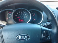 Picture of 2012 Kia Sorento LX, interior, gallery_worthy