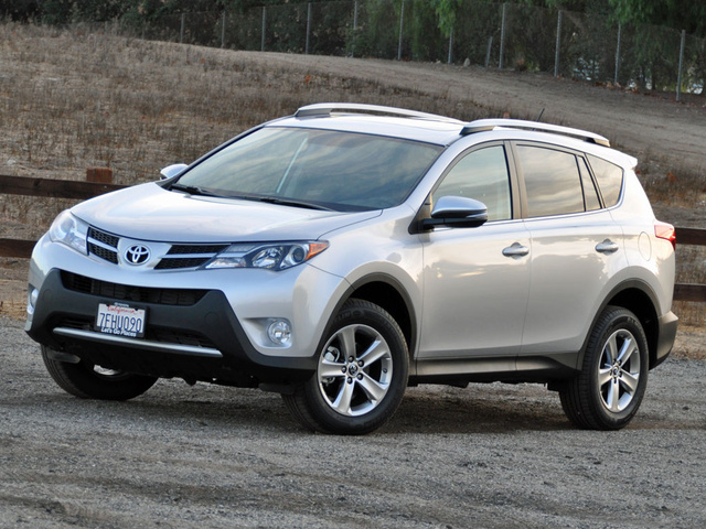 2015 toyota rav4 pictures cargurus. Black Bedroom Furniture Sets. Home Design Ideas