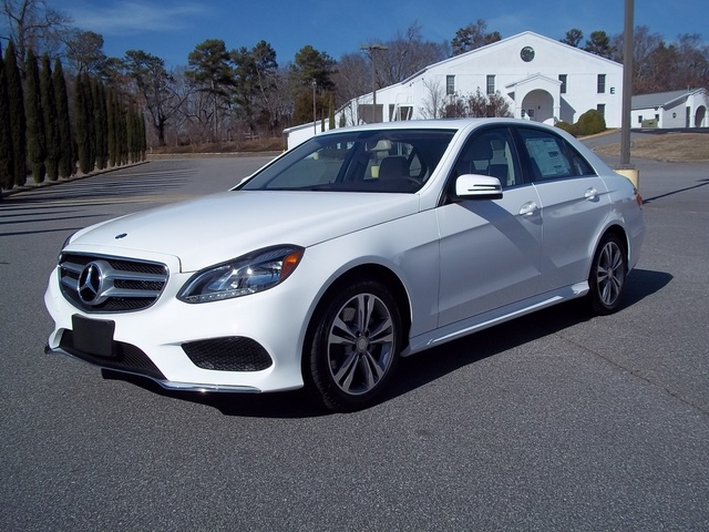Picture of 2015 Mercedes-Benz E-Class E 250 BlueTEC Sedan RWD