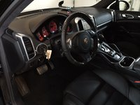 Picture of 2014 Porsche Cayenne Turbo, interior