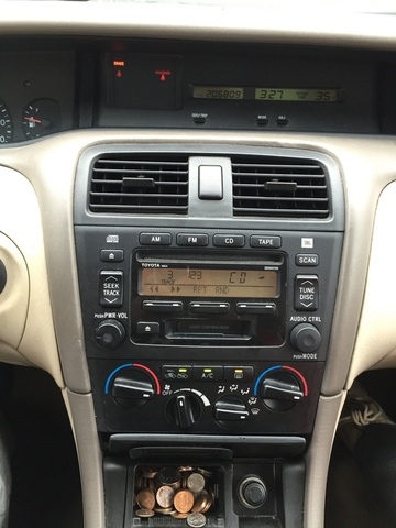 Picture of 2004 Toyota Avalon XL, interior